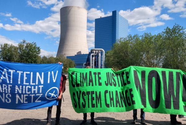 Friedlicher Protest gegen neues Kohlekraftwerk in Datteln