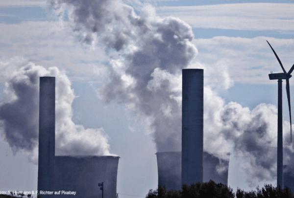 Studie: Klimaschutzweltmeister bricht Paris-Abkommen!